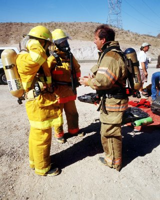 Hoover Dam fire crew in training