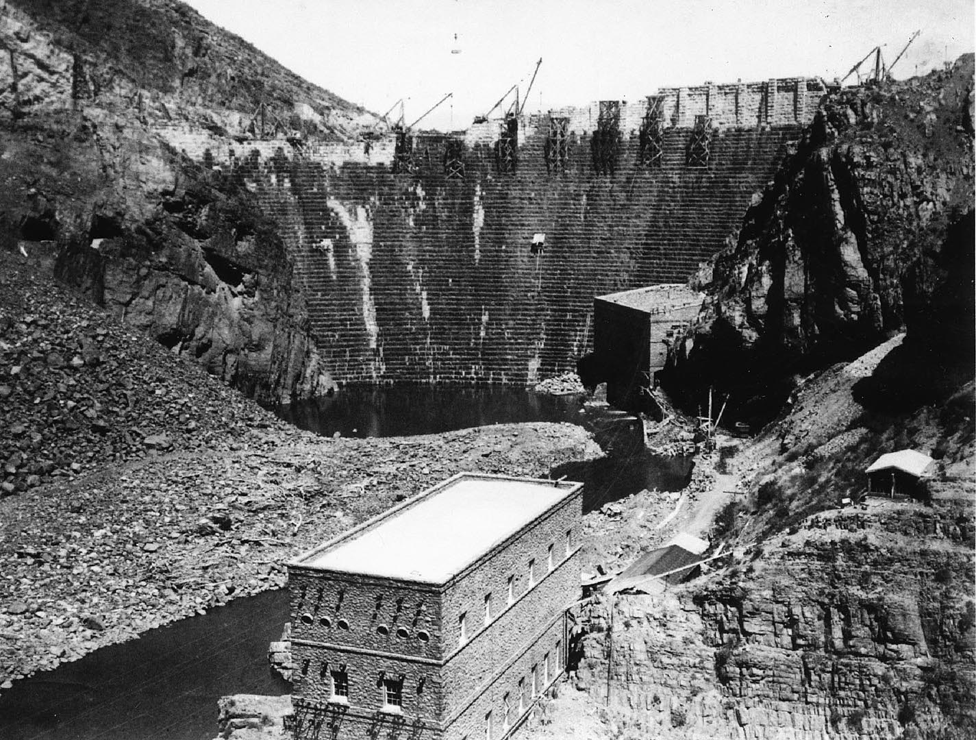 Roosevelt Dam and Powerhouse under construction in 1909