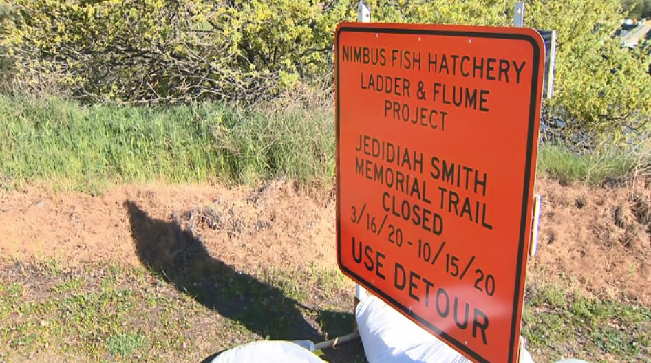 Jedidiah Smith Memorial trail detour sign (Courtesy of KCRA)