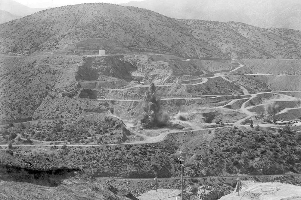 Shasta Dam excavation