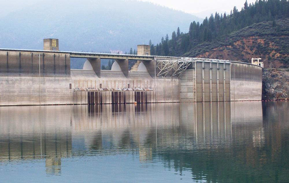 Shasta Dam temperature control device