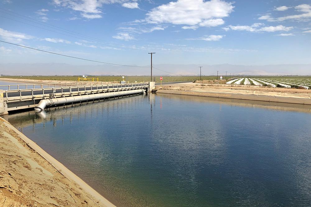 Friant Kern Canal (USBR/Adam Nickels)
