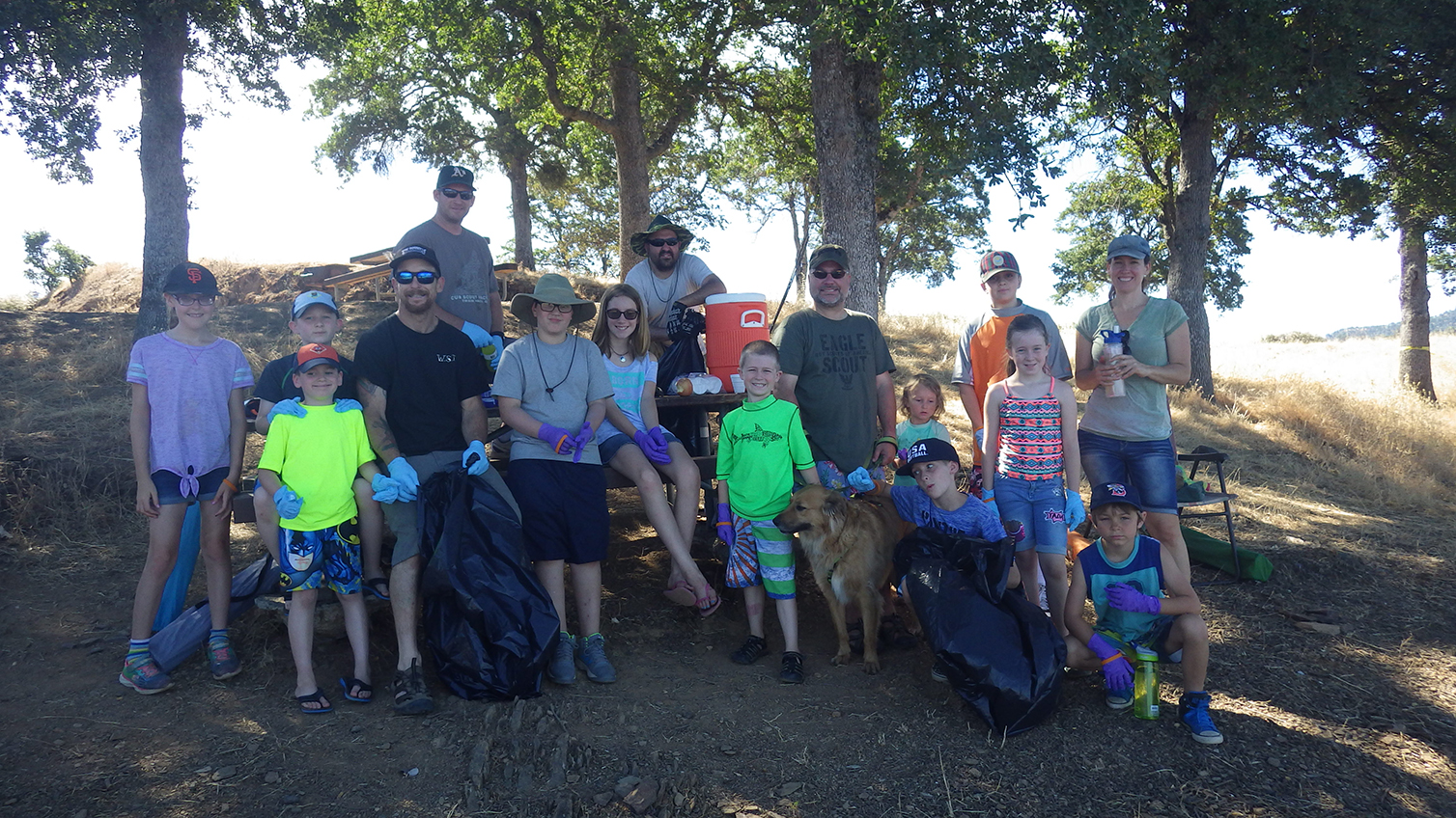 Participants in the 2017 Earth Day Angel Creek trailhead clean-up
