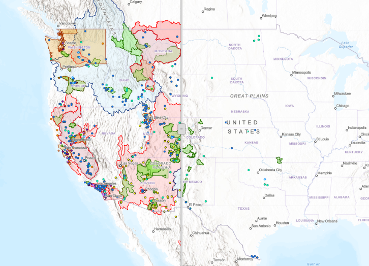The image is a screen shot of the new side-by-side comparison map in the data visualization tool. The map on the right displays the 2018 WaterSMART projects, and the map on the left displays all previously funded WaterSMART projects.
