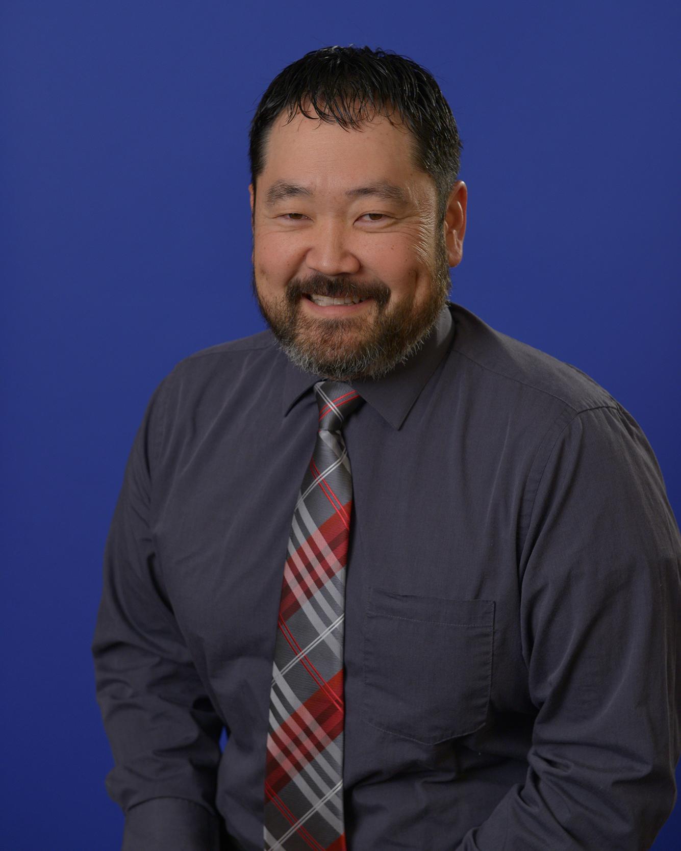 Portrait of Nate Shimatsu.