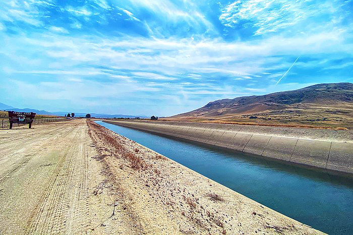 View of Friant-Kern Canal (USBR/Mary Lee Knecht)