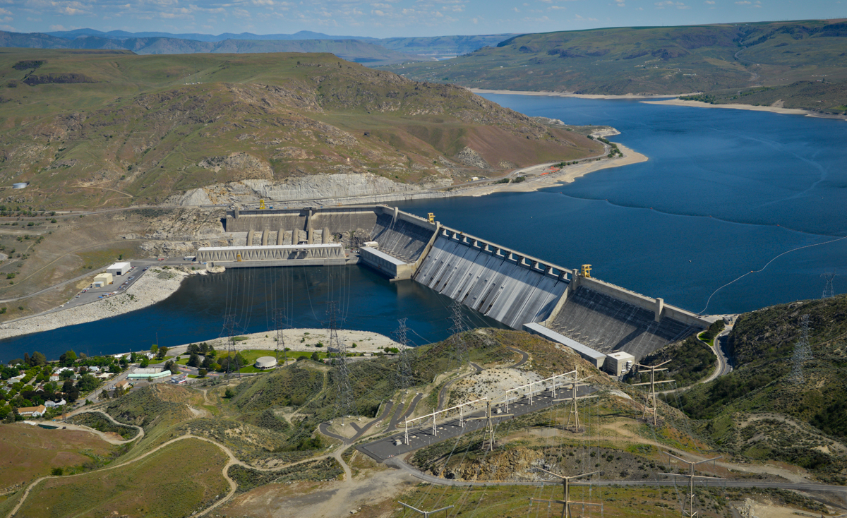 Aerial photo of Grand Coulee Dam.